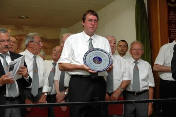 Ehrung für 25 Jahre als Dirigent beim Quartett-Verein und der Chorgemeinschaft Braubach im Juni 2008